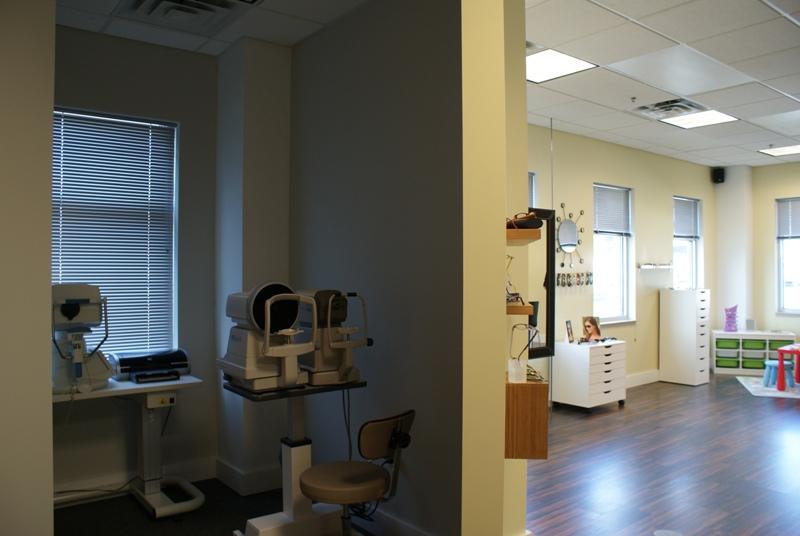 Iris Vision Care - Healthcare